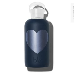 Bkr Water Bottle in Fifth Ave Heart